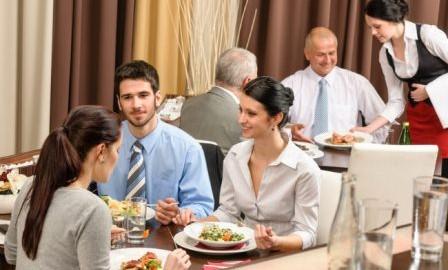 Сервис-делового-общения-LunchOn-448x270