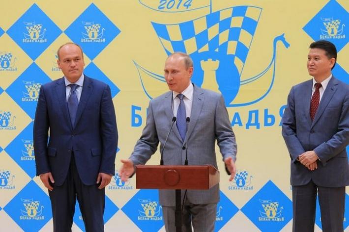 Путин приехал на Белую ладью