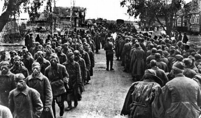 Сорок первый колонна русских пленных