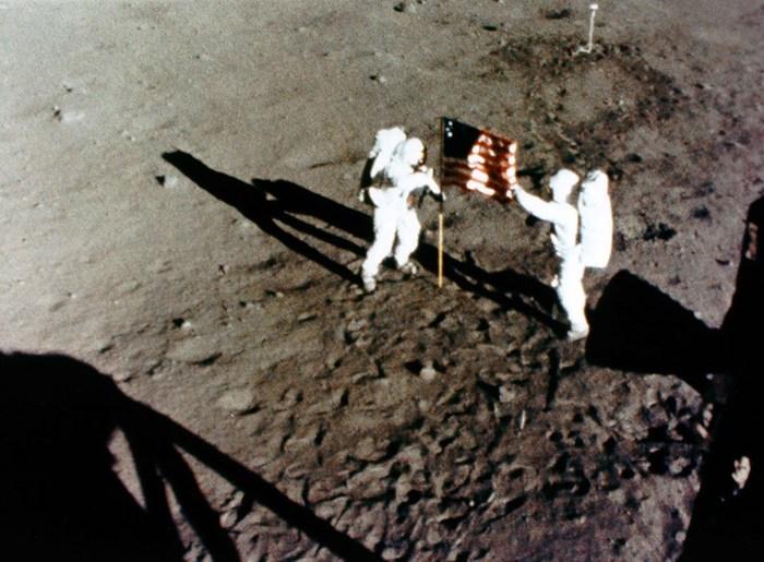 Миссия на Луну 2