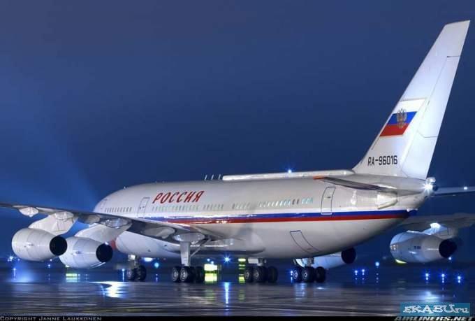 Newsweek про Путина самолет 1