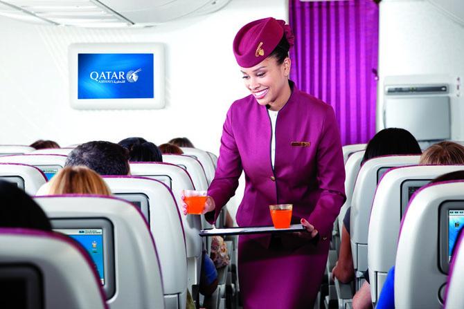 Стюардессы Qatar Airlines