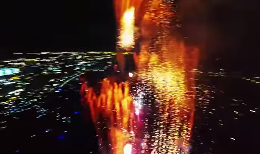 Видео из эпицентра салюта 2
