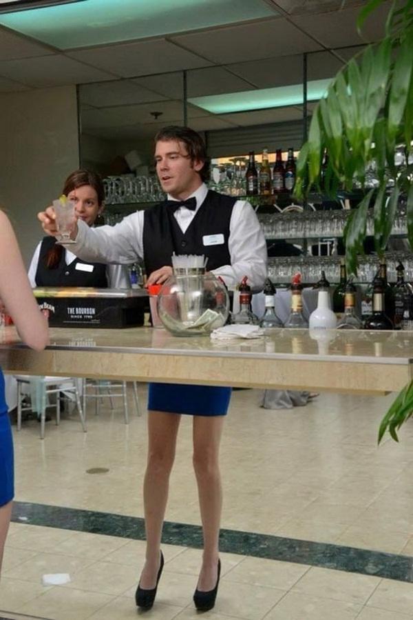 Нереальные фото бармен