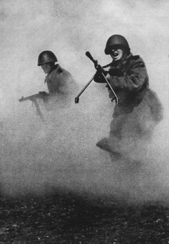 День Победы Марк Марков-Гринберг 1943