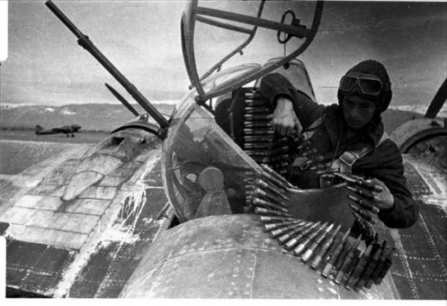 День Победы лётчик