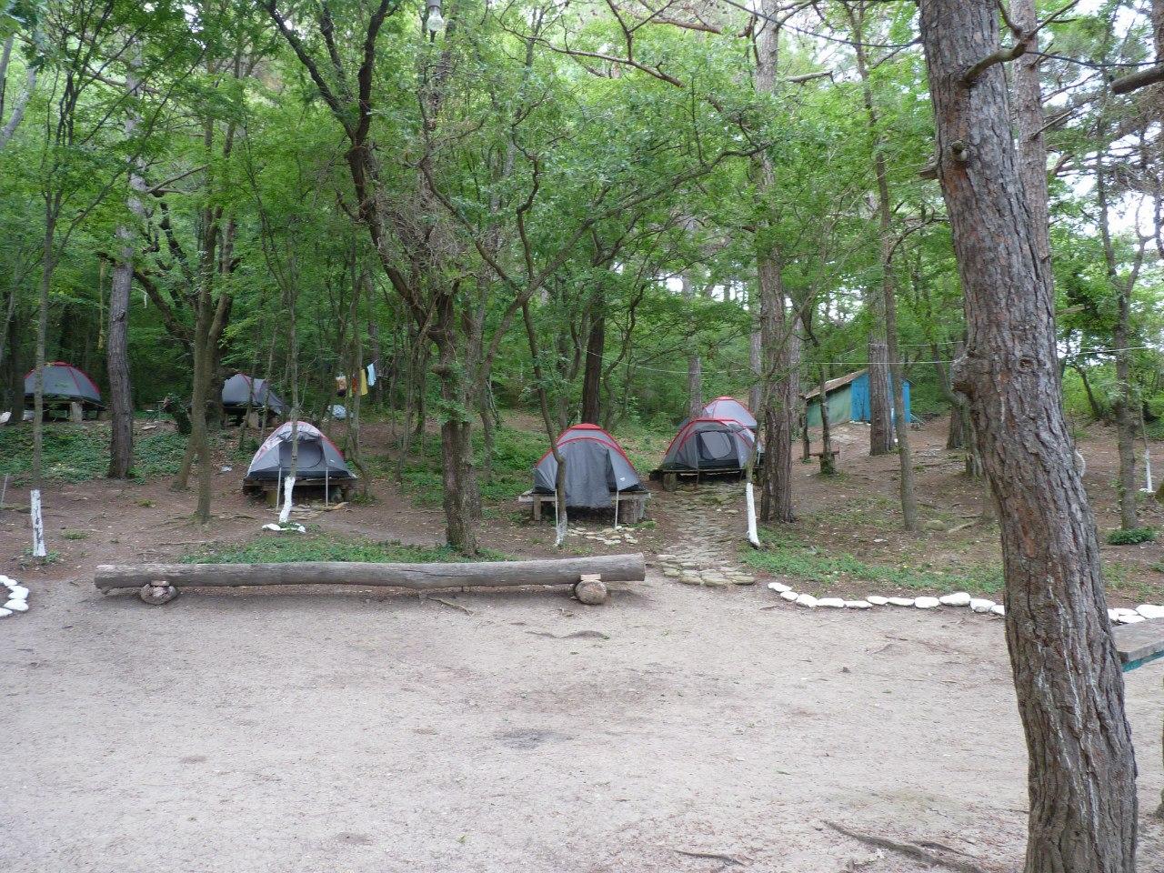 грекова щель 7 палатка