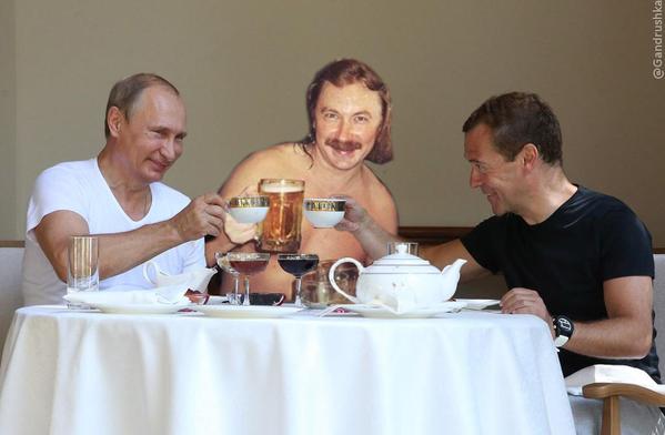Фотожаба на Путина и Медведева